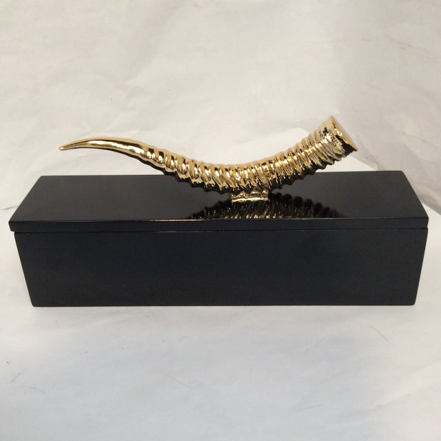Image of Gold HornHandle Black Box