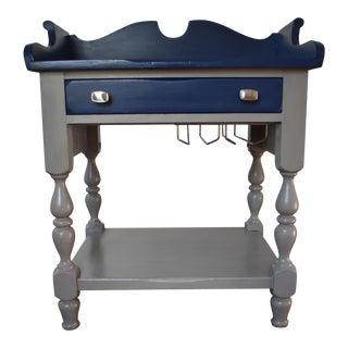 Gray & Blue Mini Wine Bar