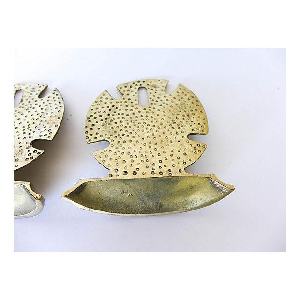 Brass Seaside Sand Dollar Bookends - A Pair - Image 6 of 7