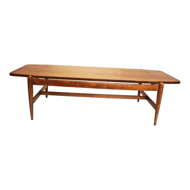 Bassett Mid-Century Danish Modern Wood Coffee Table