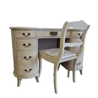 Kidney Shaped Ladies Desk