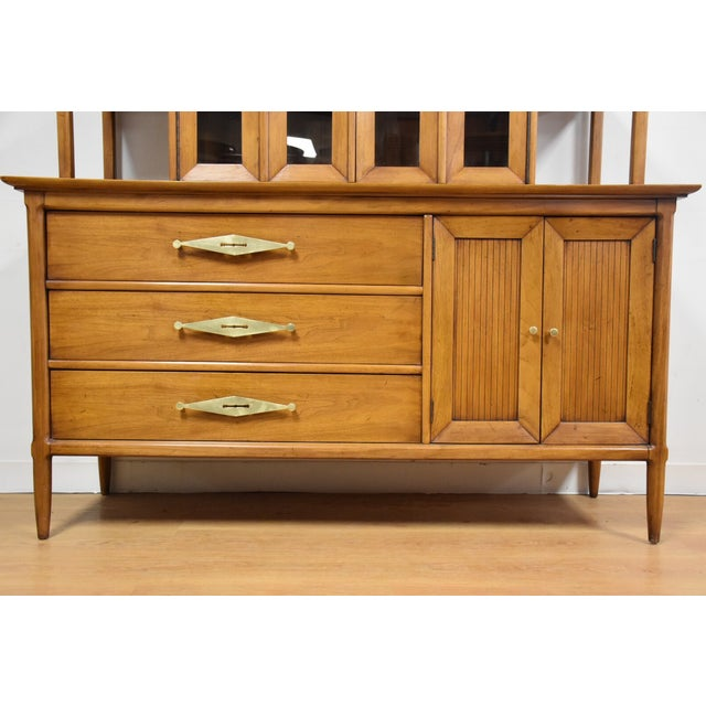 Sophisticate by Tomlinson Hutched Credenza - Image 4 of 11