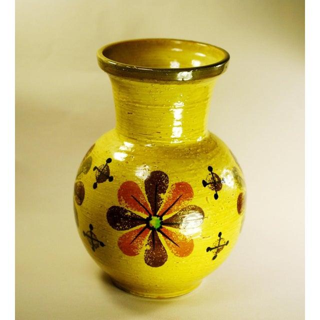 Mid Mod Bitossi Aldo Londi Yellow Pottery Vase - Image 8 of 8