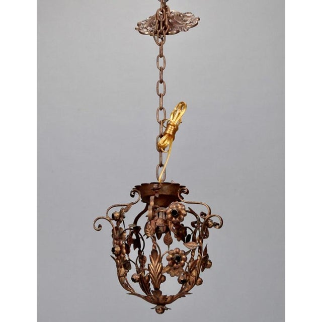 Small One Light Floral Tole Hanging Fixture - Image 4 of 6
