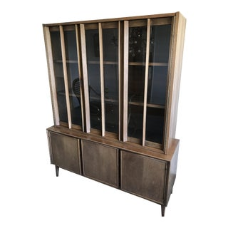 Mid-Century China Cabinet Hutch