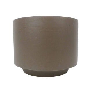 Gainey Ceramics Architectural C-14 Matte Gray Planter