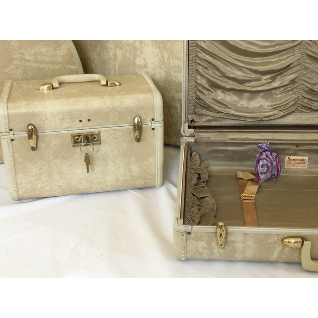 Image of Vintage 4-Piece Samsonite Luggage Set