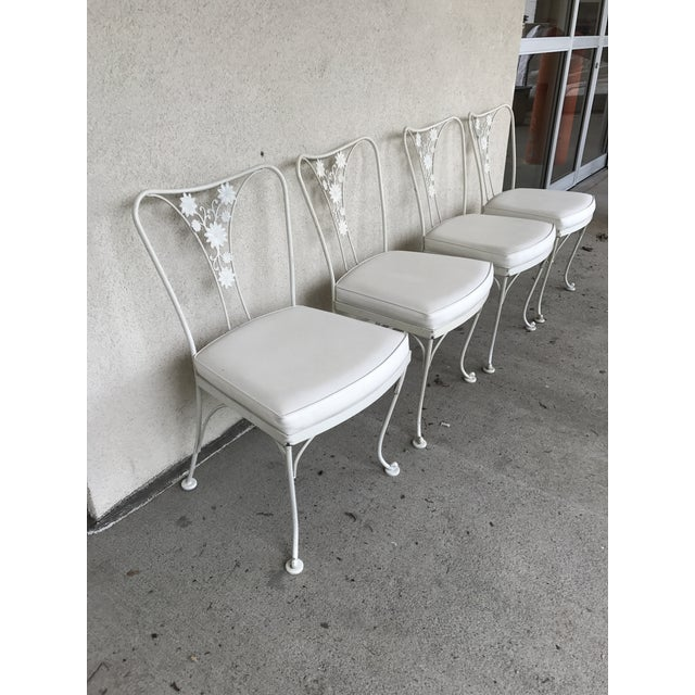 Vintage Woodard Wrought Iron Patio Chairs - Daisy Floral - Set of 4 - Image 5 of 8