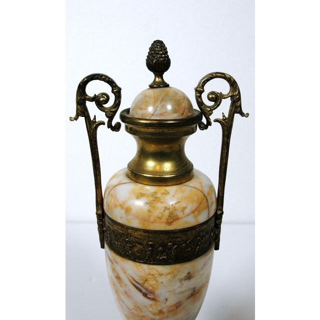 Pink Marble Urns - A Pair - Image 4 of 7