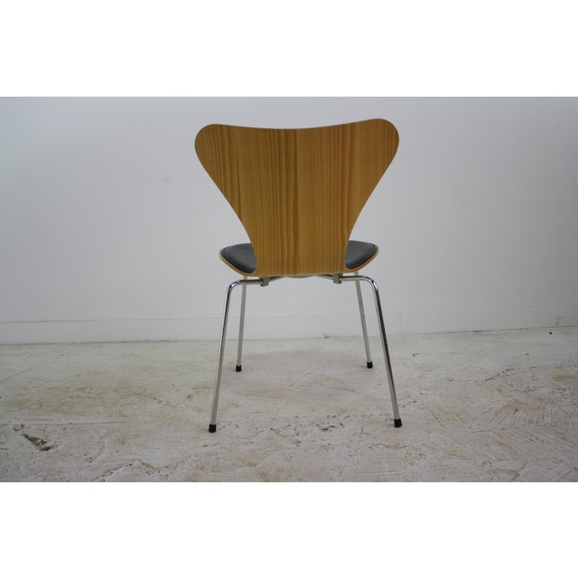 Arne Jacobsen Series 7 Chair Black - 16 Avail. - Image 6 of 7