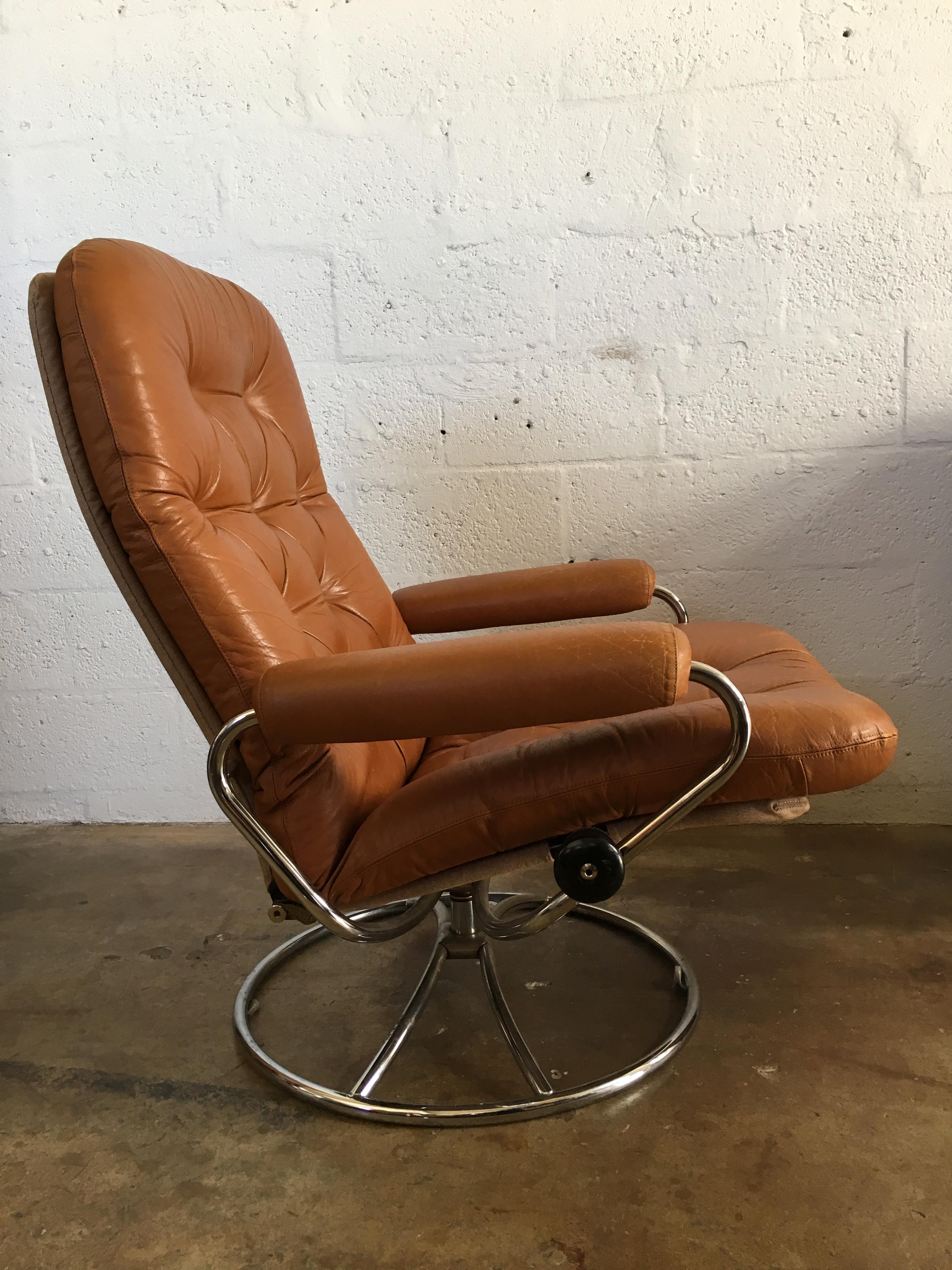 Vintage Mid Century Modern Reclining Chair By Ekornes Stressless (A Pair)    Image