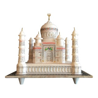 Alabaster Taj Mahal Sculpture