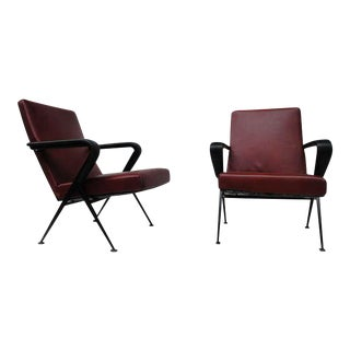 Pair of Friso Kramer 'repose' Leather Lounge Chairs Ahrend De Cirkel 1960