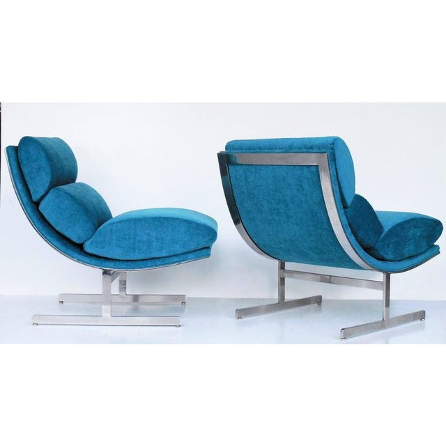 A Pair of Modernist Lounge Chairs by Kipp Stewart - Image 3 of 5