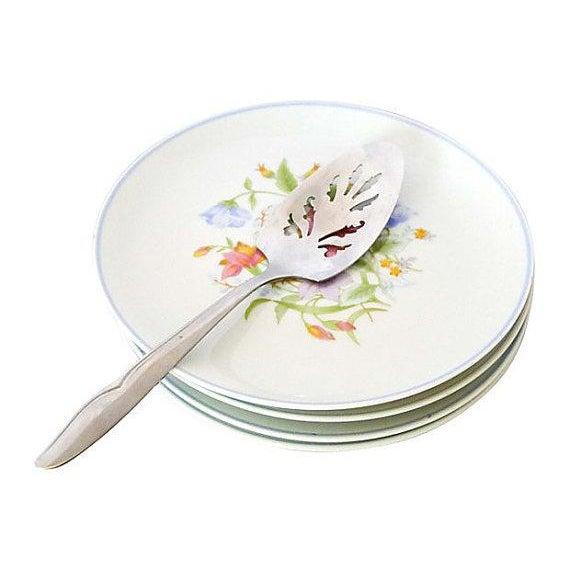 Image of Vintage Floral Cake Set & Serving Knife - Set of 6