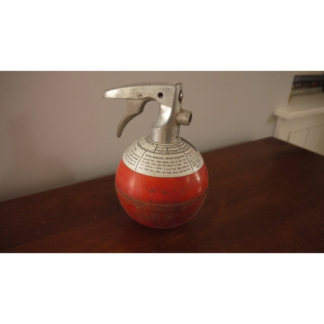 Round Red Fire Extinguisher - Image 2 of 6