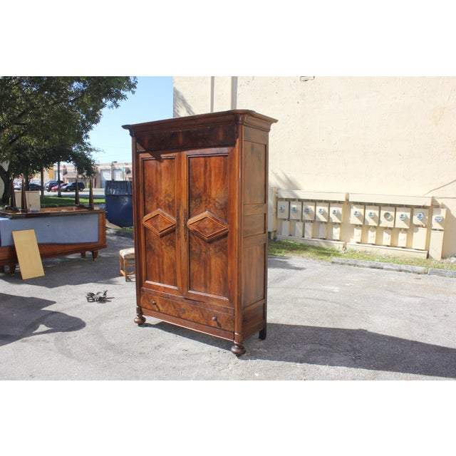 19th Century French Louis Philippe Walnut Period Chateau Armoire circa 1850s - Image 7 of 11