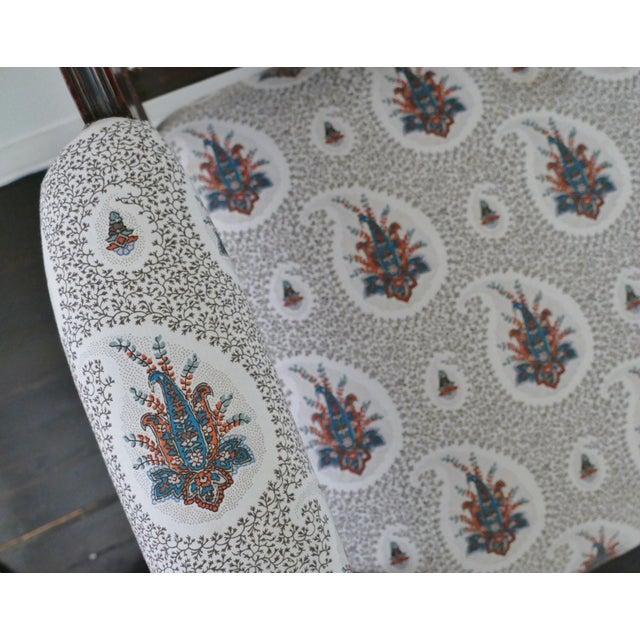 Vintage Eastlake Style Settee Upholstered in Tilton Fenwick Fabric - Image 6 of 8