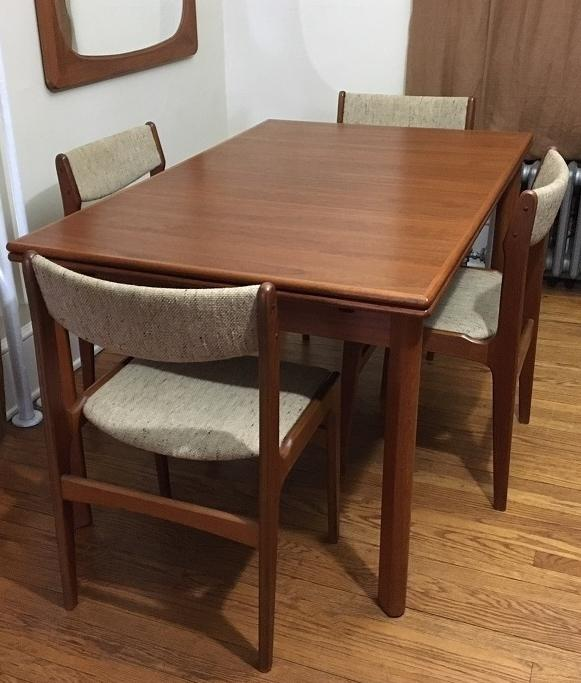 Furbo MidCentury Danish Teak Expandable Dining Table Chairs