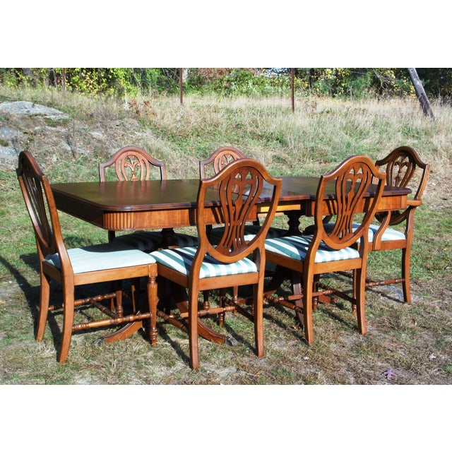 Duncan Phyfe Dining Room Set: Thomasville Hepplewhite Duncan Phyfe Mahogany Dining Set