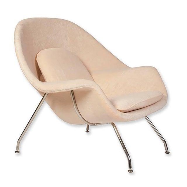Eero Saarinen for Knoll Womb Chair & Ottoman - Image 2 of 4
