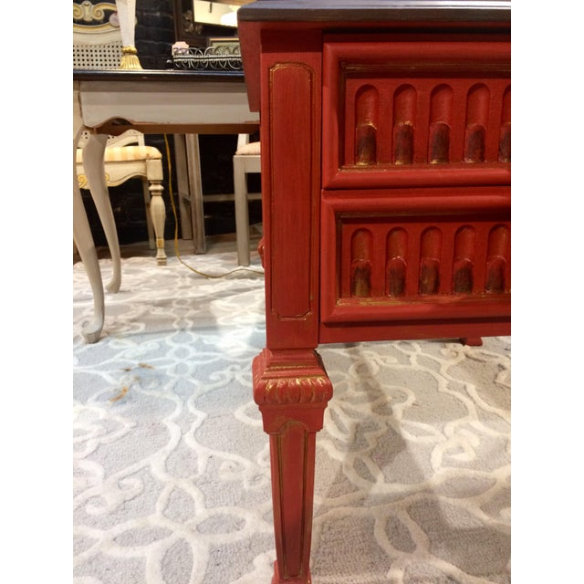 Vintage Coral Accent Table - Image 7 of 9