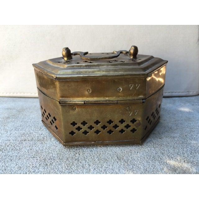 Hexagonal Brass Cricket Box - Image 4 of 8