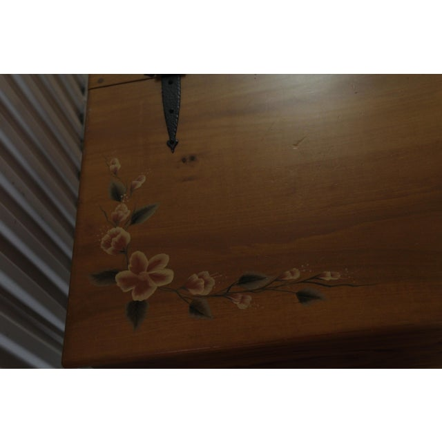Amish Handmade Solid Wood Floral Design Trunk - Image 4 of 11