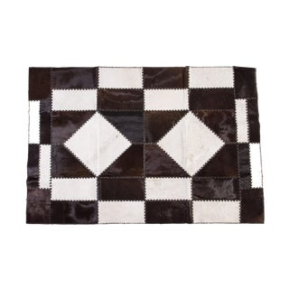 "Cowhide Patchwork Area Rug - 6'6"" x 4'7"""