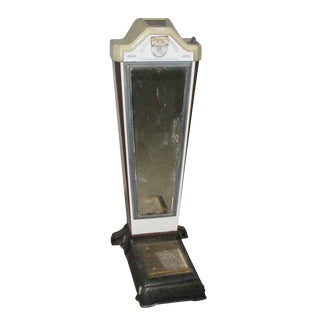 Vintage Enameled Metal Coin Scale With Original Mirror