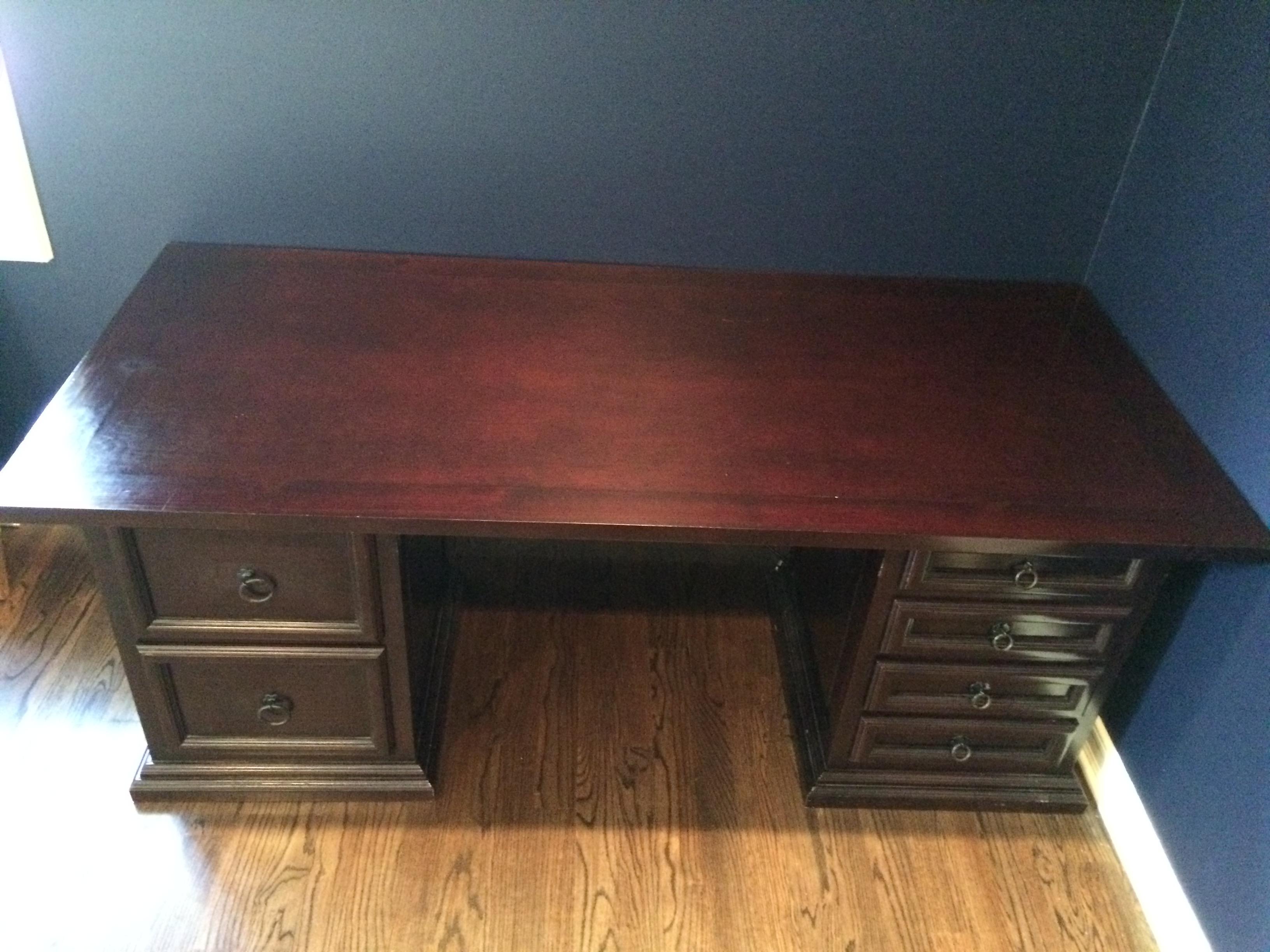 Pampa Furniture Traditional Dark Wood Desk   Image 4 Of 5