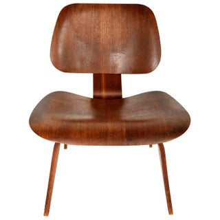 Eames Mid-Century Lounge Chair