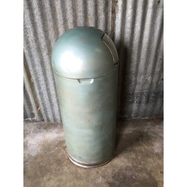 Vintage United Metal Trash Can - Image 9 of 11