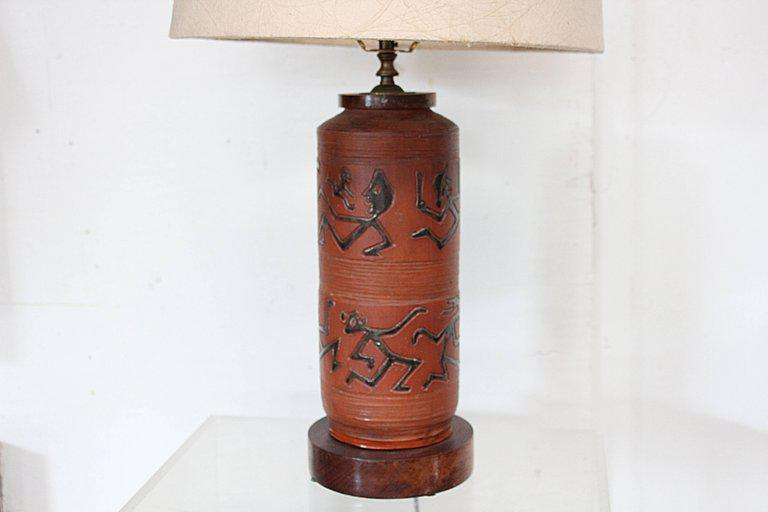 Rust Red Ceramic Table Lamp With Primitive Motif   Image 2 Of 9