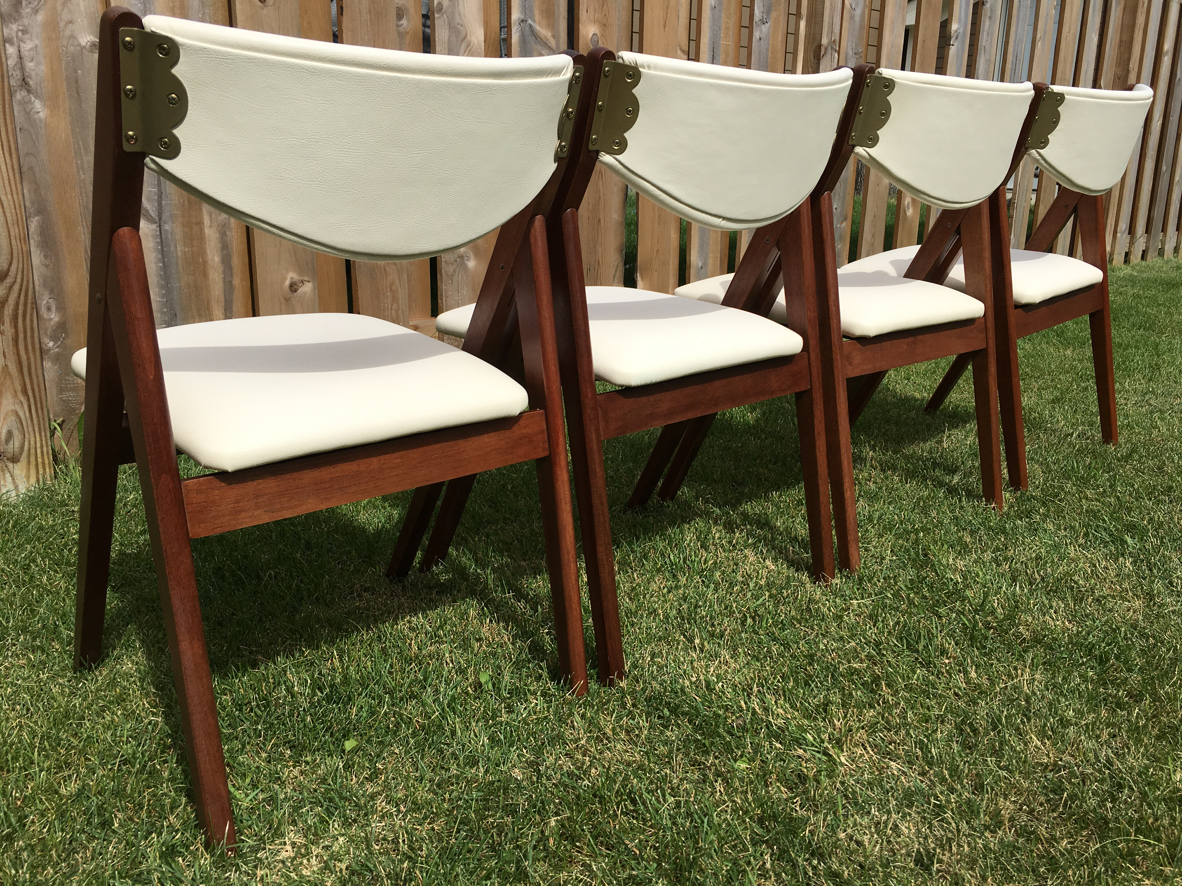 Mid Century Stakmore Folding Chairs Set of 4