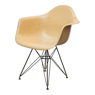 Eames Molded Fiberglass Armchair in Butterscotch