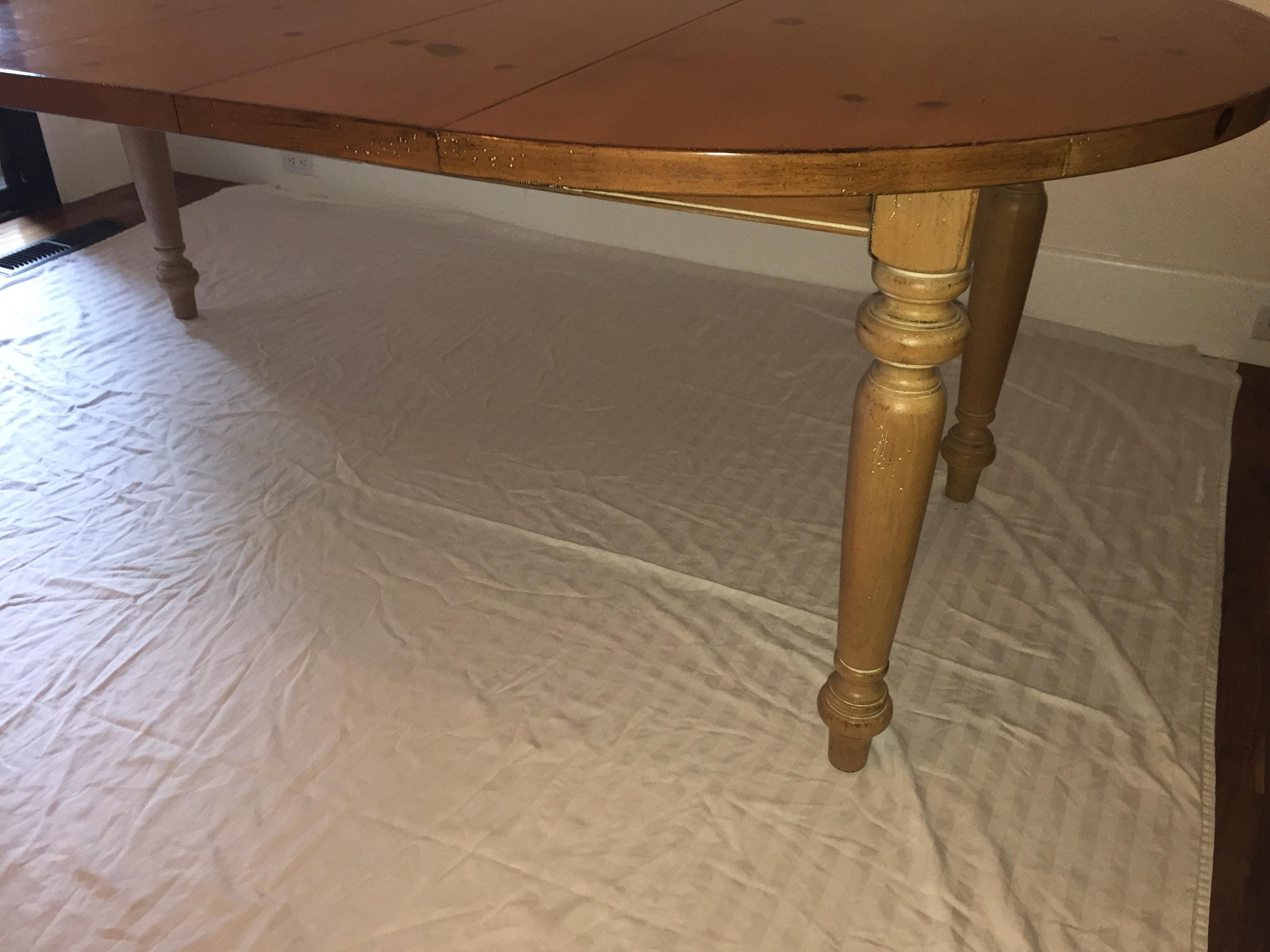 Drexel Heritage Pine Dining Room Table   Image 3 Of 11