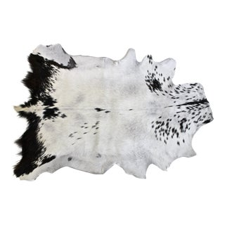 Goat Hair-On-Hide Accent Rug - 2′6″ × 2′6″