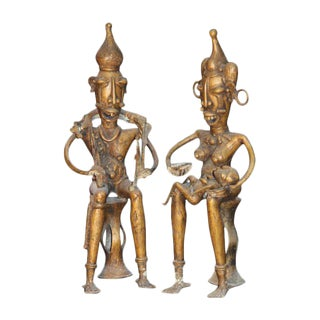 Seated​ ​Pygmy​ ​Couple​ ​in​ ​Bronze