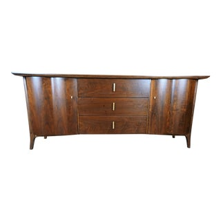 Unagusta Forward Furniture Dark Walnut Credenza