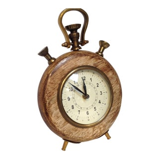 Round Vitnage Style Wooden Clock
