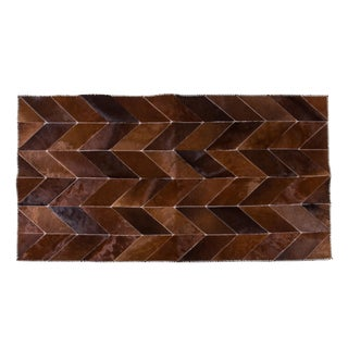 "Modern Cowhide Patchwork Area Rug - 6'10"" X 4'"