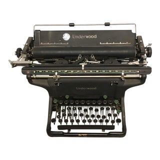 Vintage Underwood Black Typewriter