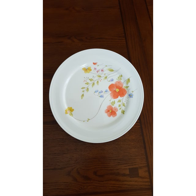 "Mikasa ""Just Flowers"" Dinnerware Set - Image 4 of 11"