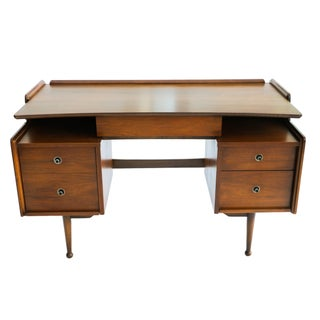 Mainline Hooker Mid Century Floating Desk
