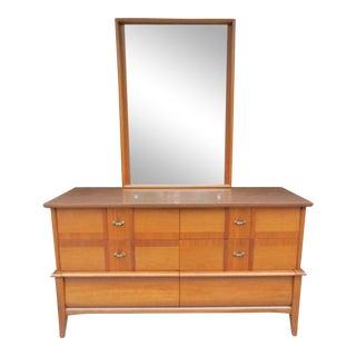 Vintage Kroehler Six Drawer Dresser with Gorgeous Mirror