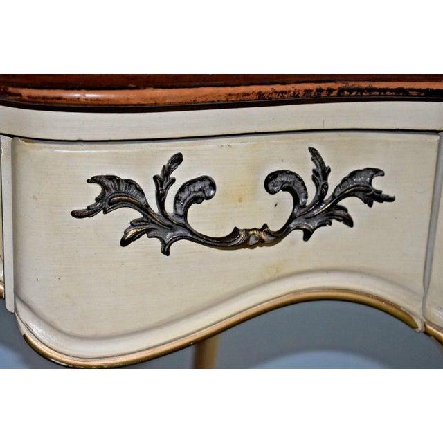 Fine Furniture Desks: Vintage White Fine Furniture Co Ivory Desk