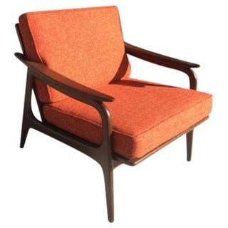Mid Century Sculptural Design Lounge Chair