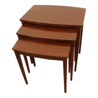 Traditional Mahogany Nesting Tables - Set of 3