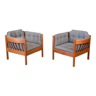 Pair of Borge Mogensen Style Spindle Lounge Chairs
